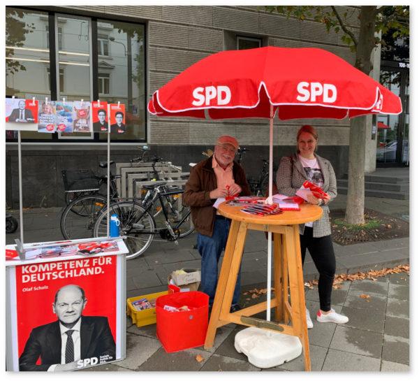 Wahlstand zur Bundestagswahl 2021