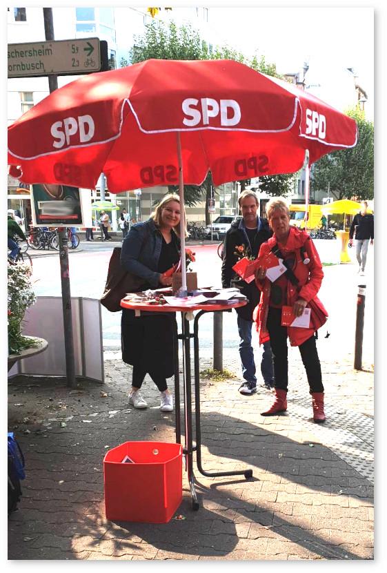 Wahlstand mit Ulli Nissen